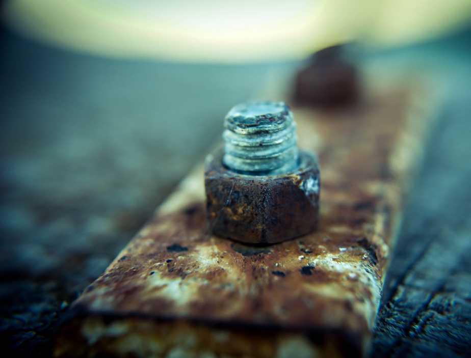 Rusted screw weak damaged brittle