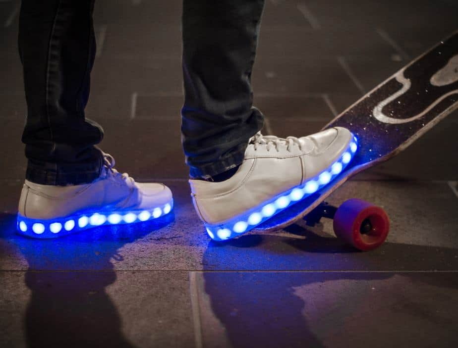 Shoe LED at night skateboarding