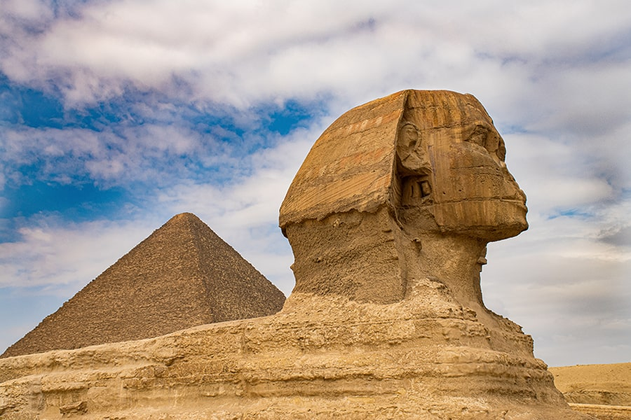 giza plateau in egypt great pyramid and sphynx